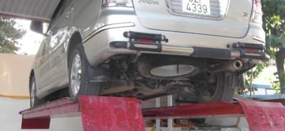 bảng giá cầu nâng 1 trụ rửa xe ô tô tại tphcm