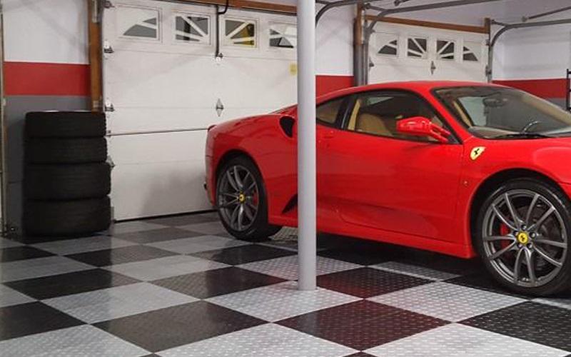 Tấm lót sàn giúp trang trí cửa hàng rửa xe