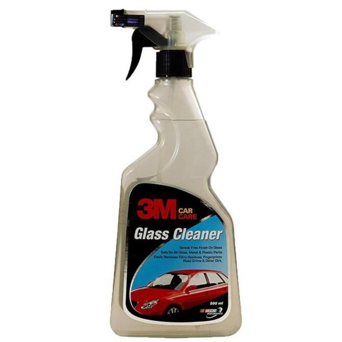 Dung dịch vệ sinh kính ô tô 3M tẩy sạch bụi bẩn, vết ố, dầu mỡ bám trên kính và gương xe ô tô của bạn.